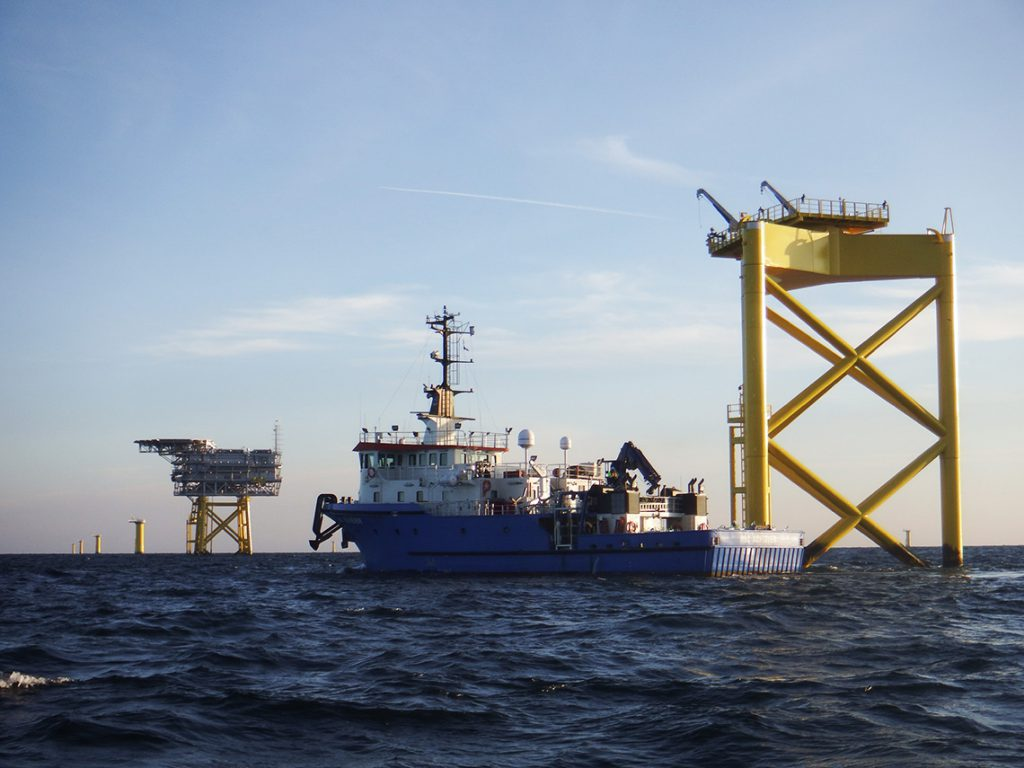 HBC Achiever in offshore windfarm